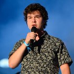 .@LukasGraham & his longtime girlfriend have welcomed a baby girl! See the very first pic: https://t.co/PgSFWomiUf https://t.co/Cw0HoSOPFU