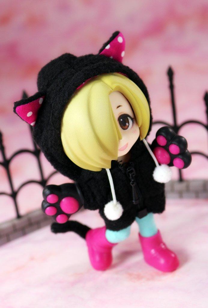 買ってあった黒猫パーカーを小梅ちゃんに着せてみました∧(川ヮO)∧ #キューポッシュ #アイドルマスターシンデレラガール