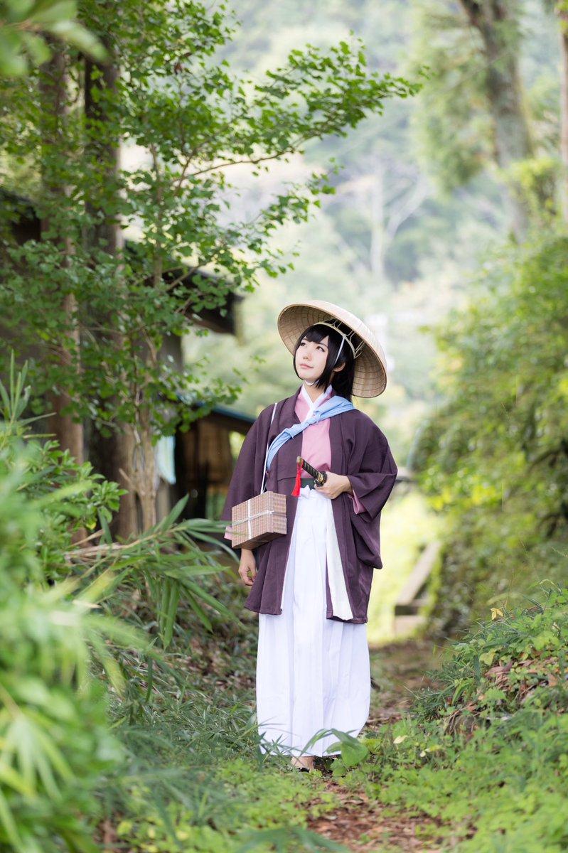 【 #薄桜鬼 / #雪村千鶴 ⚠︎コスプレ 】-文久3年。 少女は一人、旅に出た。 行方不明となった父を探しに…。pho