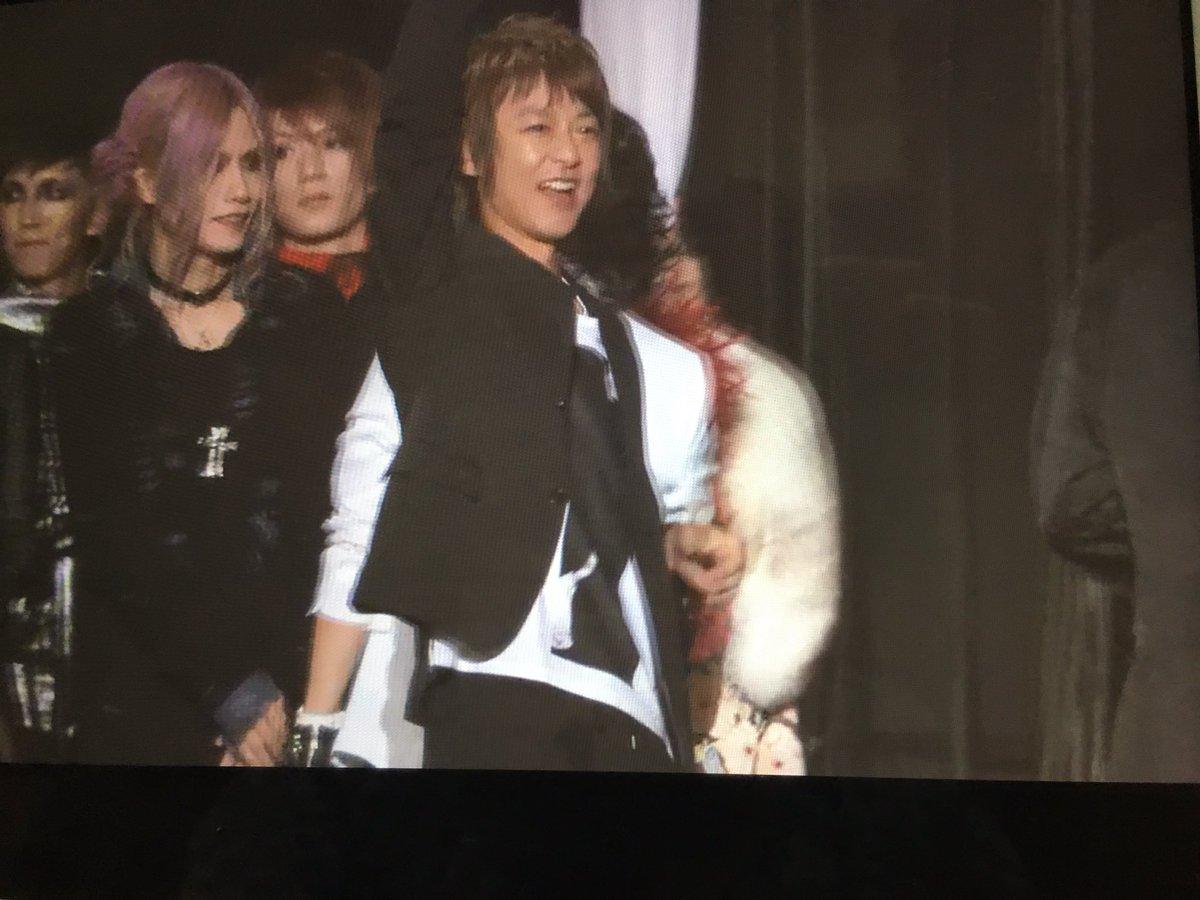JIROちゃんの笑顔最強\(^o^)/ https://t.co/rfV7Vh055D