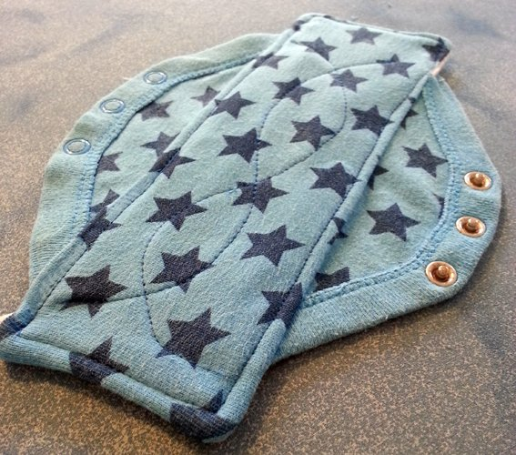 Diy Cloth Pads Tutorial: Upcycle Babies Vest Into Washable Cloth Pad