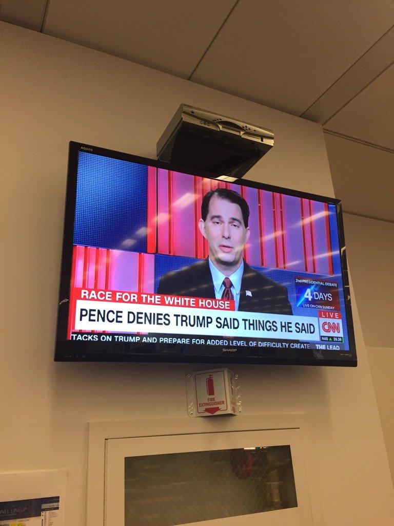 Gloves off, CNN https://t.co/eq5jYjVvxn