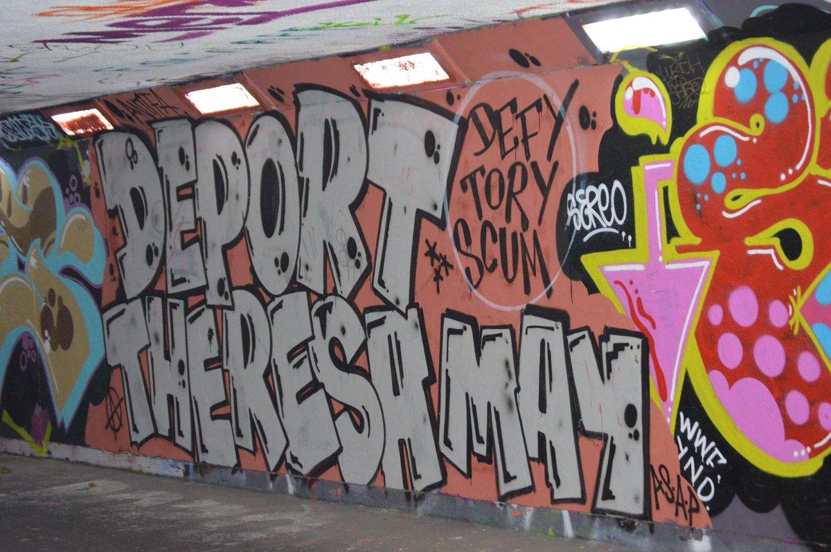 Edinburgh graffiti: https://t.co/QxUZKqxasW