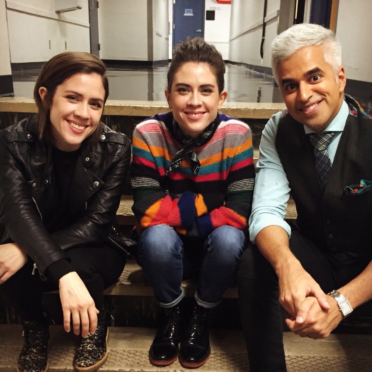 Catch the awesome @teganandsara on @BT_Vancouver Thurs at 740am! #LoveYouToDeath https://t.co/BcLtxkawtU