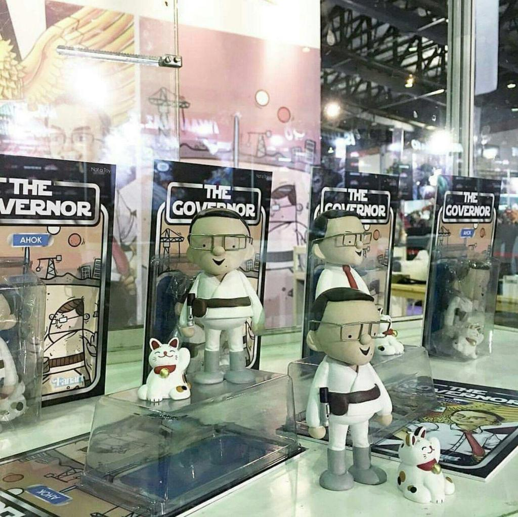 Toys Kingdom di Philippine jual boneka Ahok @basuki_btp