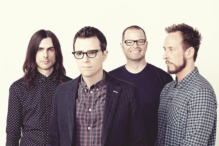WEEZER、最新アルバム『Weezer(White Album)』のデラックス・エディション盤より未発表曲「Fake