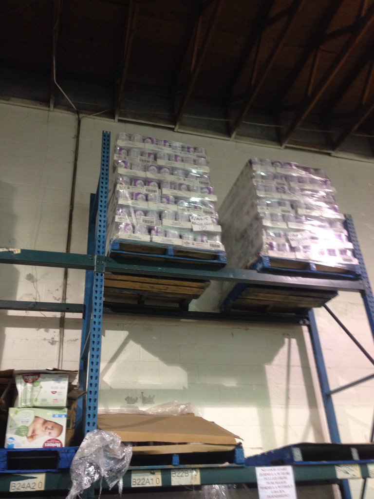 A skid of baby formula costs $10,000 @SurreyFoodBank goes through one every 6 weeks. Please donate #thanksforgiving https://t.co/Xy9wKV3AsY