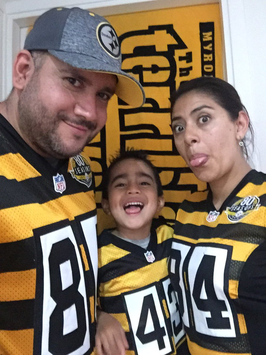 Ready for Sunday @SteelersUnite #tbt @steelers #snuproud #SteelersNation # https://t.co/yqcMxfPc5G