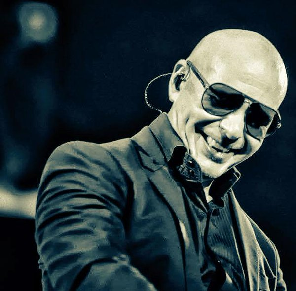 Get moving! Watch our @iHeartRadio performance tonight 8/7c only on @TheCW. #iHeartOnCW #Dale https://t.co/LXnz0lPYtW