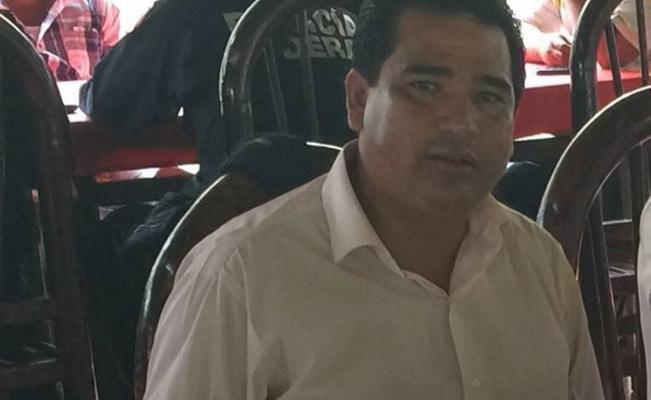 Reportan desaparición de exedil de Múgica en Michoacán https://t.co/dcHxYzxqJB https://t.co/Bt1fdquAdo
