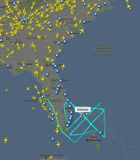 Current air traffic over the Southeast, courtesy of @flightradar24. NOAA43 aircraft track is shown. https://t.co/TgRUk9gyjR