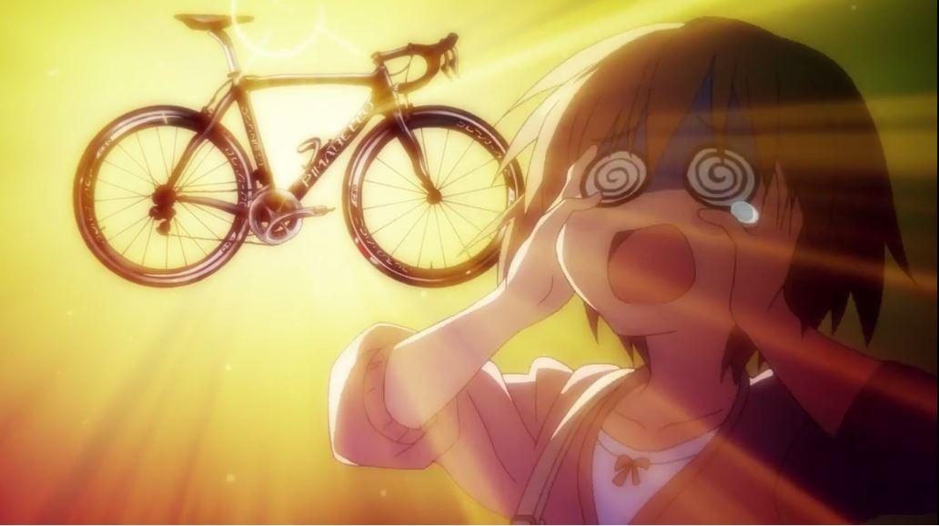 「明日の夜」って事で、#ろんぐらいだぁす の公式のPVで再度予習・・・亜美ちゃんのこのシーン(左)を見て、「なんかどっか