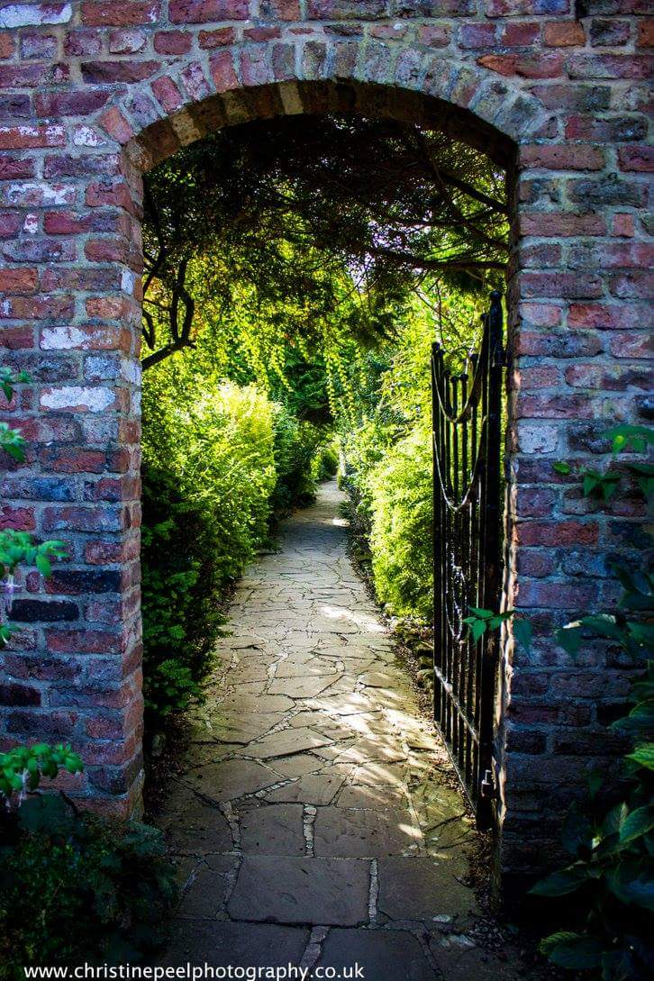 Walled Garden at @SewerbyHall #bridlington #canon600d https://t.co/98org70z4I
