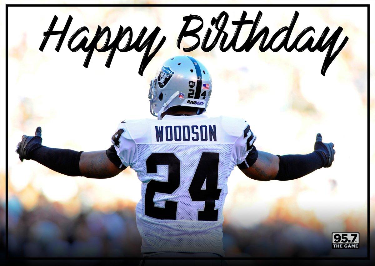 #RAIDERNATION join us in wishing @CwoodsonF a very Happy Birthday! #LegendStatus @RAIDERS https://t.co/JAYwl89zfY