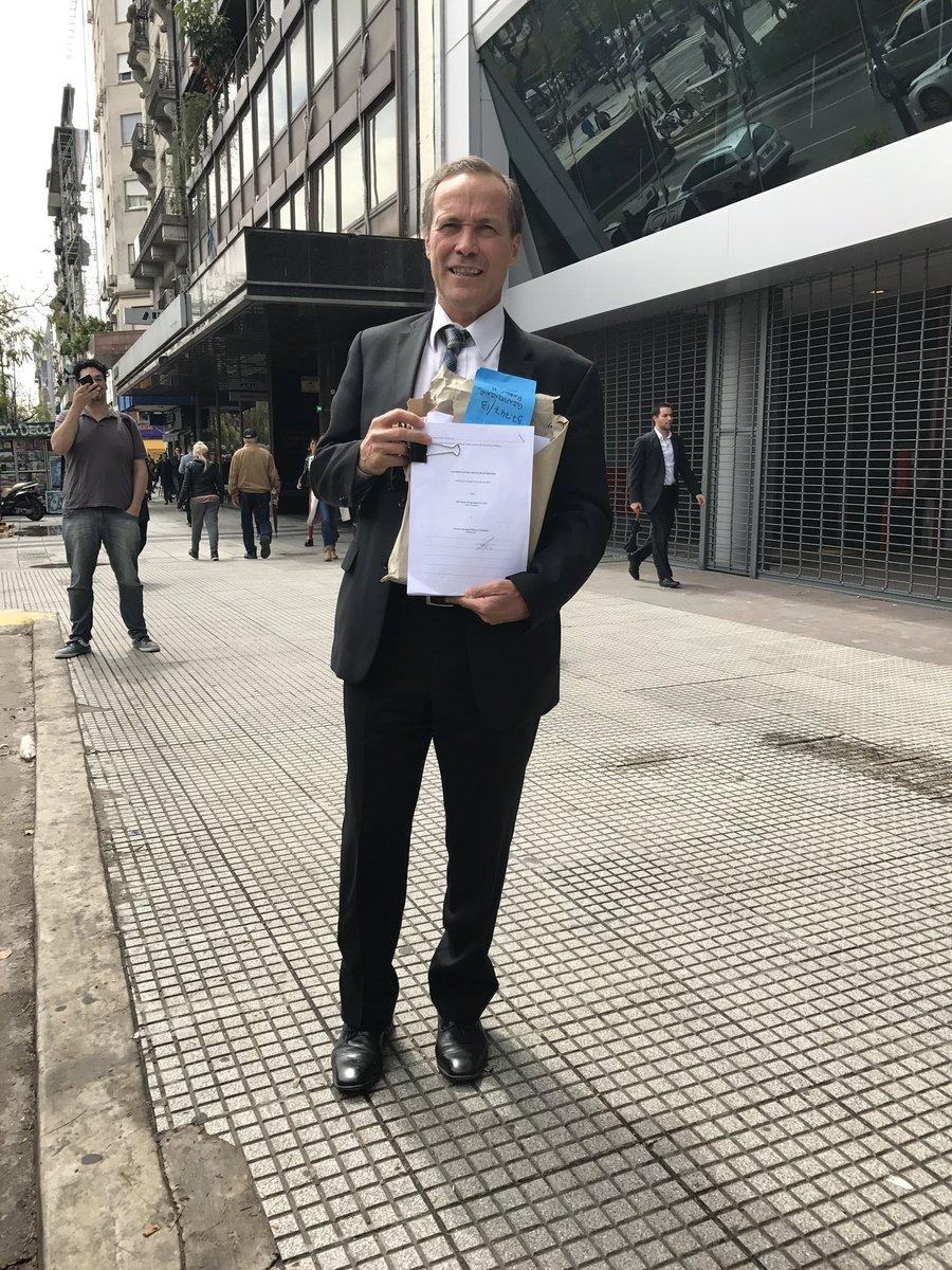 La Justicia acaba de entregarme el Contrato YPFChevron después de 330 días del fallo de la Corte Suprema https://t.co/6KDXE4Gw92
