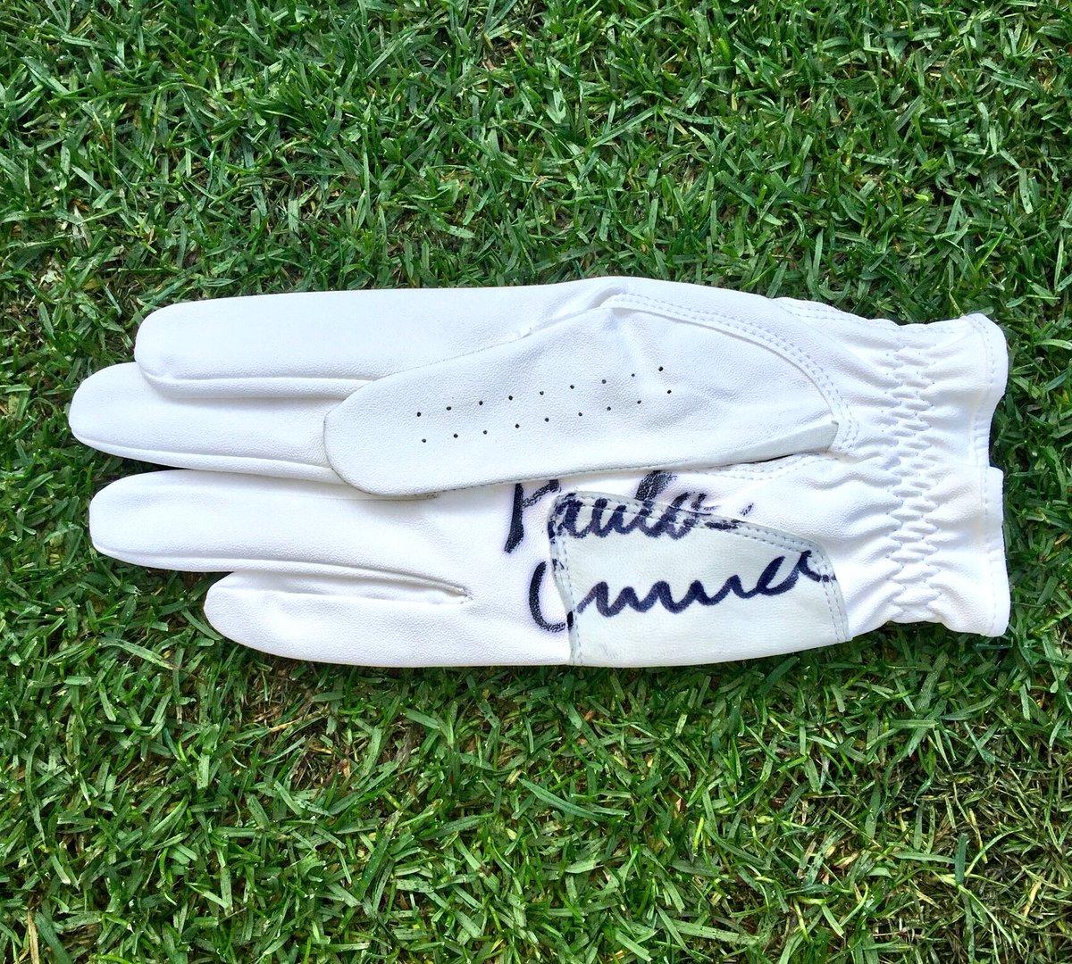 Fan of @ThePCreamer??   Follow & RT to win 1 of 4 signed gloves! https://t.co/G7x0EaQCJZ
