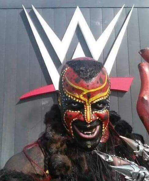@WWE This needs to be done by Boogeyman himself,to be done RIGHT! ,because that's not how it's done Cmin2getcha! https://t.co/ioUI3L6YZB