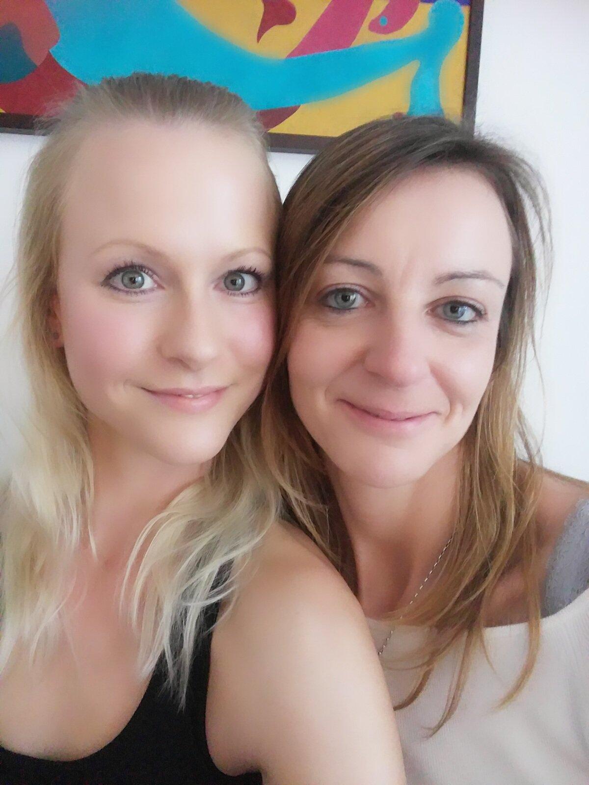 TW Pornstars - BlondeHexe. Twitter. Mit @LissLonglegs. 1