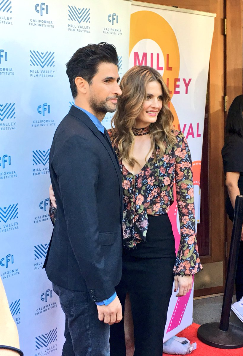 Stana and Raza on the red carpet at the world premiere of The Rendezvous! We are overjoyed to see her! #MVFF https://t.co/ru4YBqhiCj