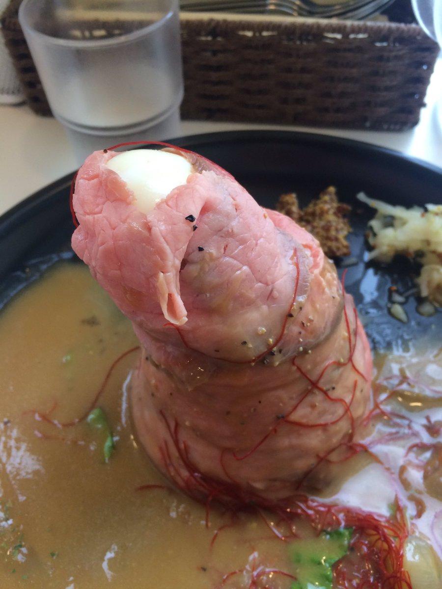 ローストビーフ丼食べに来たんですけど何故かえっちなものに見えてしまう我が脳であることよ…