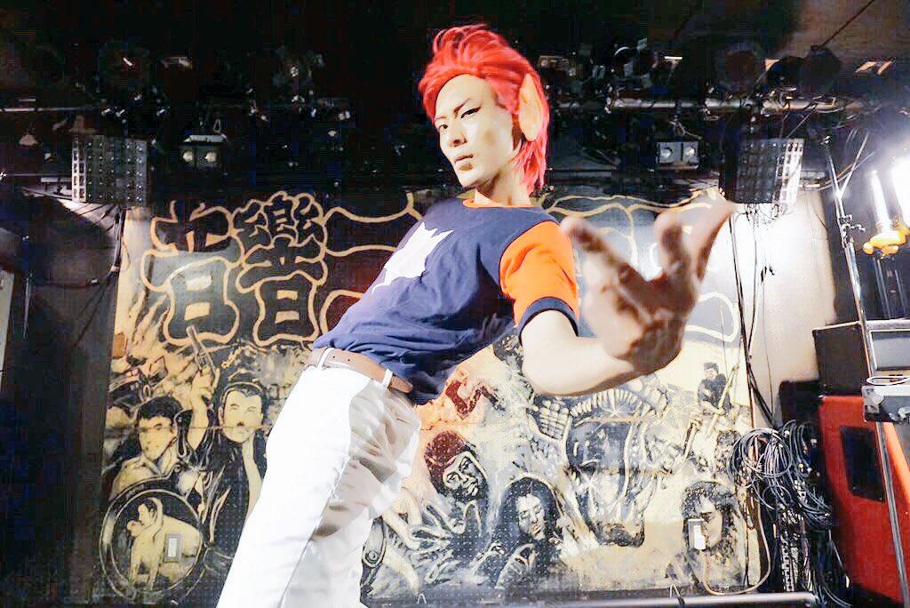 俺たちは帰ってきた…No.1のロックスターになる為に! スペースダンディ / ジョニーphoto by シャチョーさん