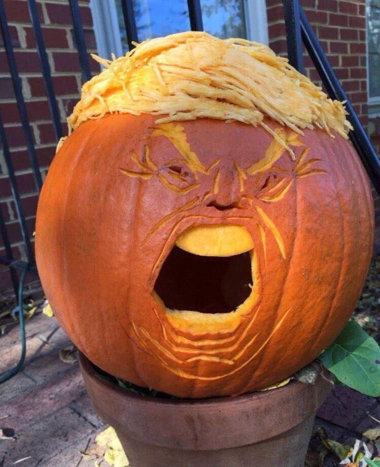 Via Martin Angus. Meet Donald Trumpkin #thehorrorthehorror https://t.co/UBEqaiPMXF