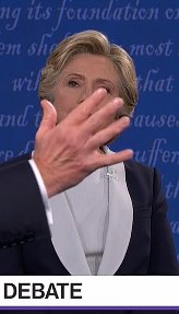 The whole election summed up in two photos. #debates https://t.co/8Az8fyr3PA