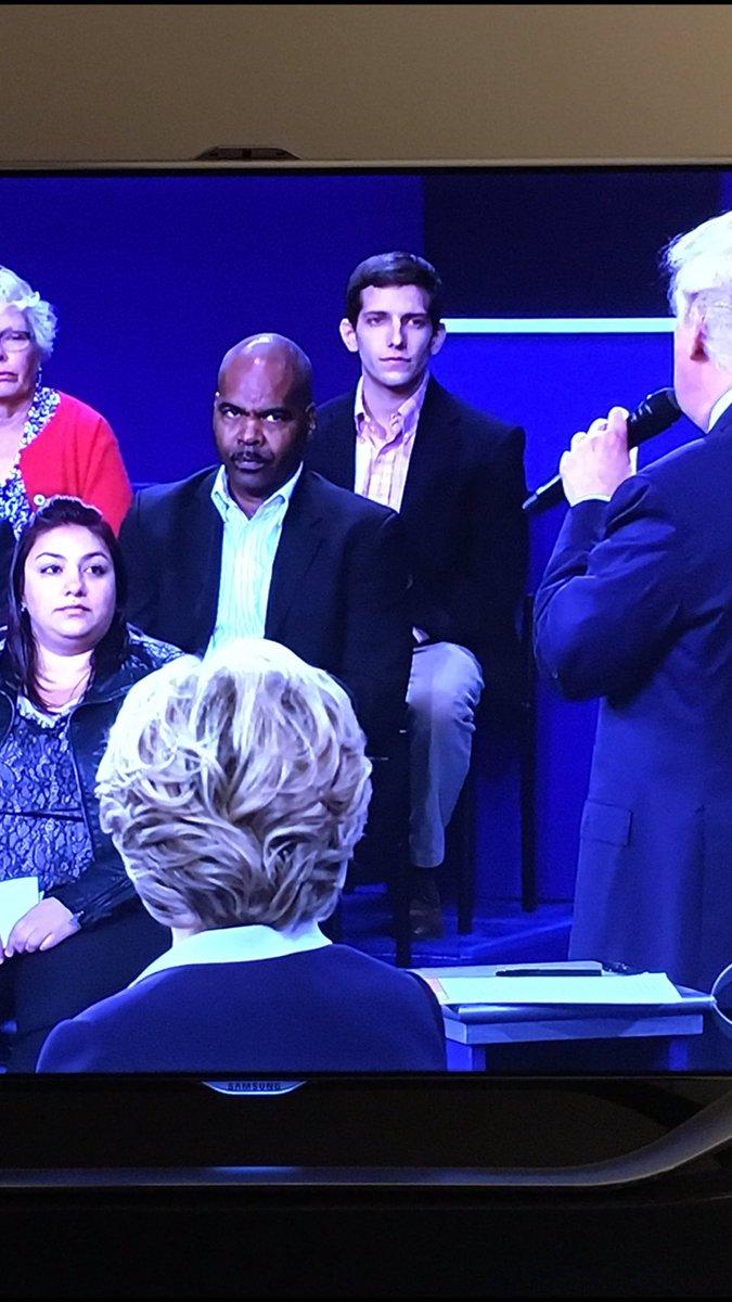 Best pic of the night. #debate https://t.co/6PE1GYqmuk