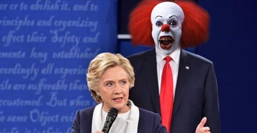 Who else saw the creepy clown tonight? #debates #ImWithHer https://t.co/hjMyZ7OkUL
