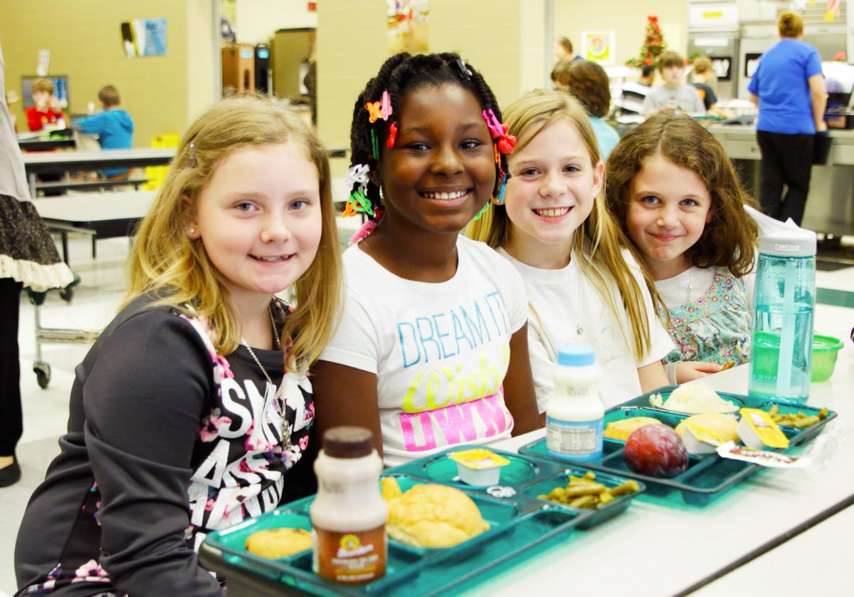 Happy National #SchoolLunch Week! Healthy lunches help students power through the day. RT if you agree. #NSLW https://t.co/WMTyO6s8is