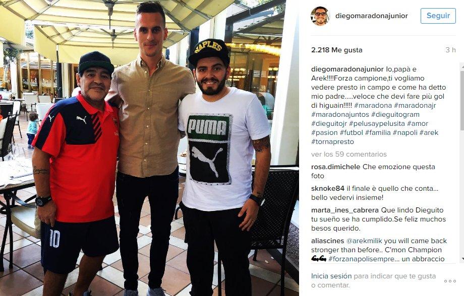 Diego Maradona le brindó su apoyo a Milik, que fue operado del ligamento de la