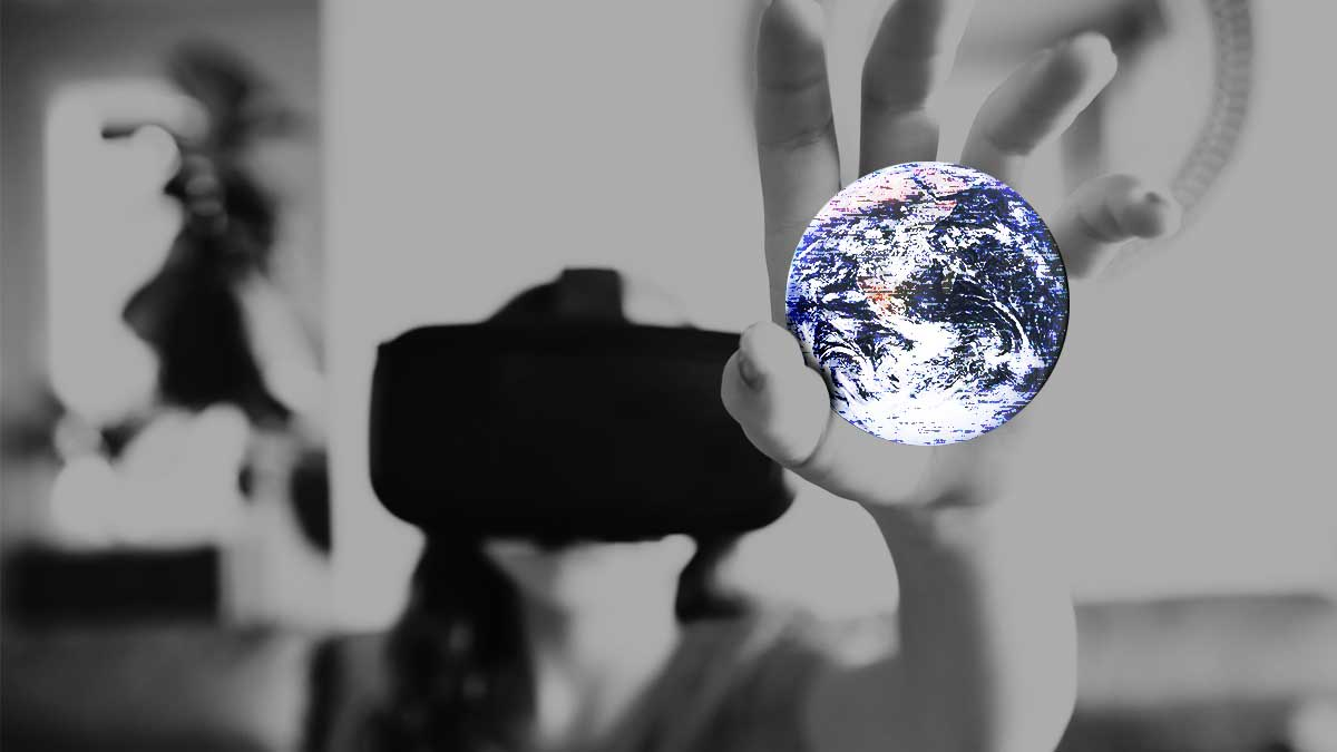 The Mainstreaming of Augmented Reality: A Brief History - https://t.co/733Ov6dazZ https://t.co/eRENovjuQv