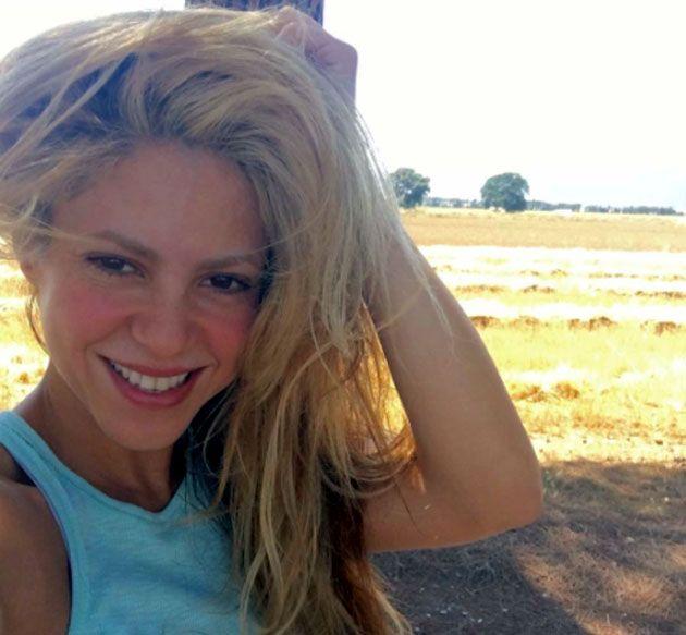 Para ajudar vítimas do furacão no Haiti, Shakira doa R$ 48 milhões https://t.co/uEiAYBR4Q8 https://t.co/5JSYdJLaB7