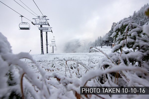 1st Snow at Stevens Pass! Winter is coming! See photos here: https://t.co/kA2pHErMmI https://t.co/Qro1uz4KWU
