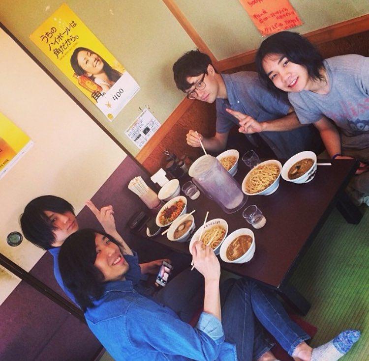 たくさんの思い出ありがとうございました。ずっとガリレオガリレイが大好き。@yuuki_ozaki @kazuki_ozaki @hitoshi_sakou 心から友情と音楽ありがとうございます!!