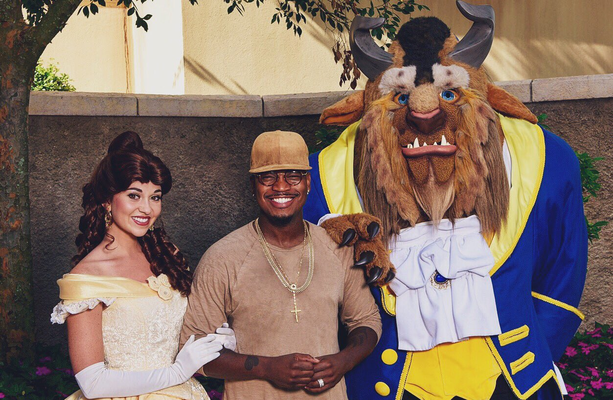 Tune into @TheChew tomorrow at 1p EST to see me at @WaltDisneyWorld! https://t.co/wOpnAy5vai