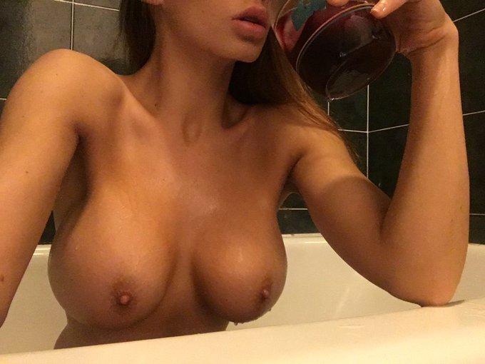 Mmmmm juice 💦 https://t.co/Ekq7fBvKi9