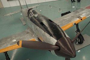 川崎重工、三式戦闘機「飛燕」を修復・復元した実機初公開 https://t.co/8ZPZf0GbbQ https://t.co/oWDMwNFPH6