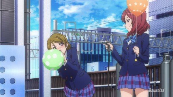 花陽「今日は鉄道の日です、レールウォーズみたいに京浜東北線に201系走りませんかねぇ~?」真姫「レールウォーズの見過ぎよ