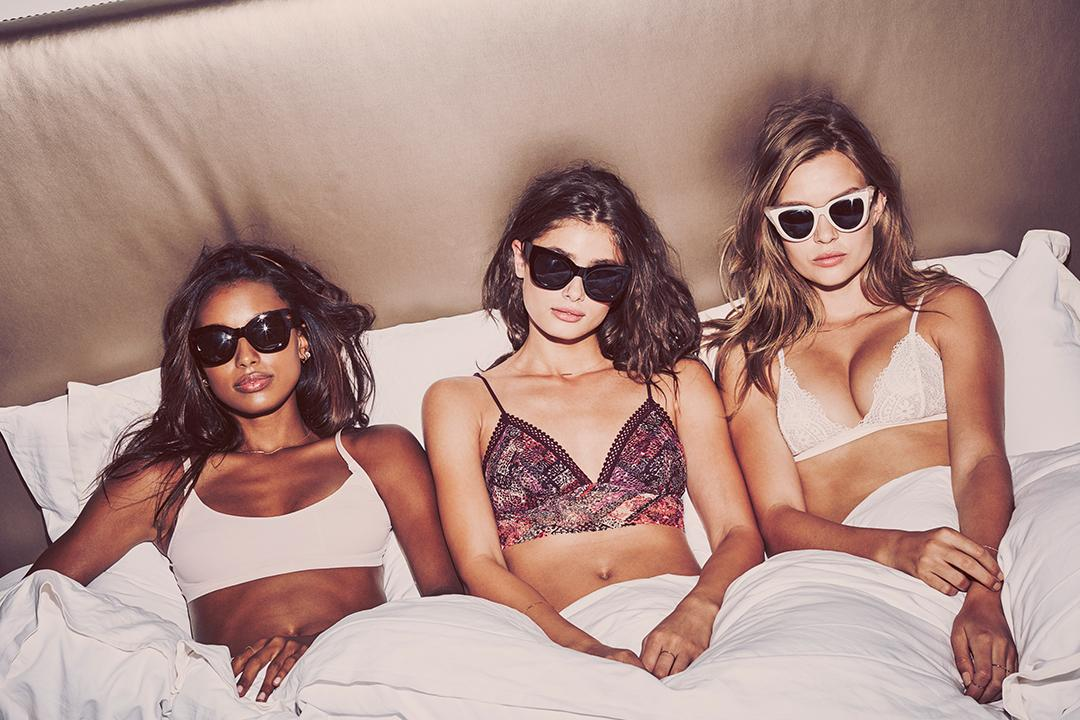 Wake up like this. #NewSexyNow https://t.co/JvnDJd0Yp1 https://t.co/6NBzgJ4ok6