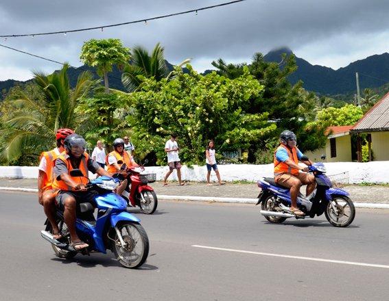 Health staff ride around Raro