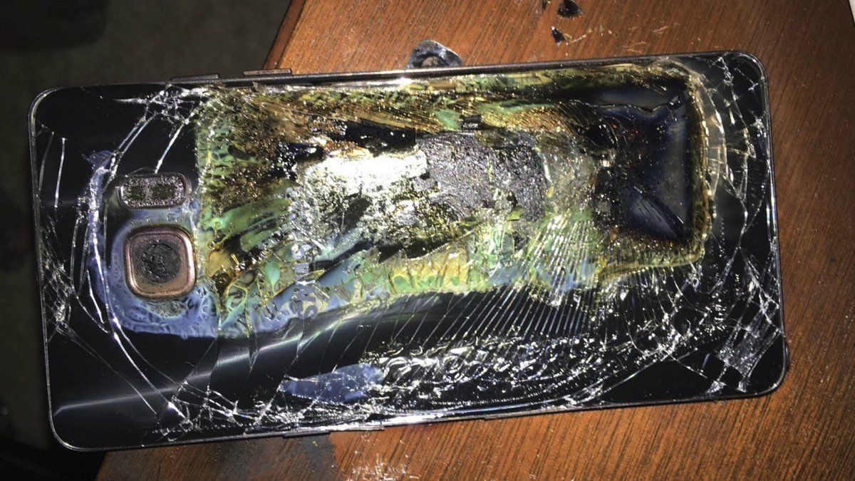 Samsung Note 7 recall to cost at least $5.3B