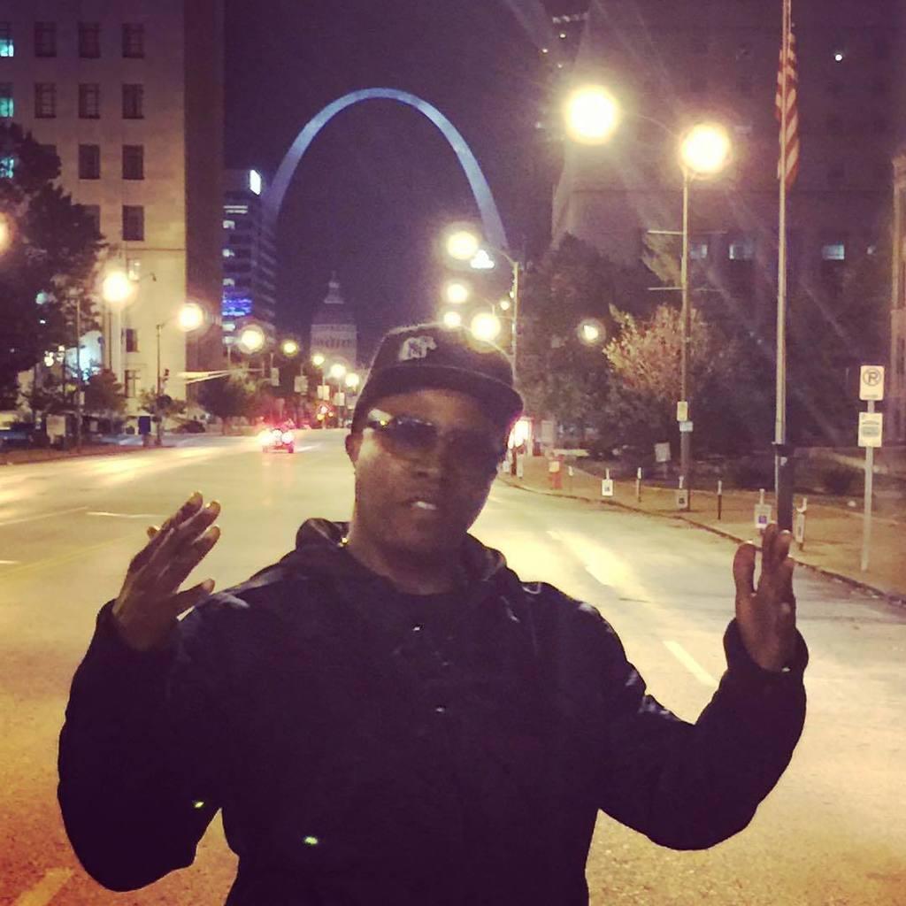 ALKaponeMemphis : In St. Louis m