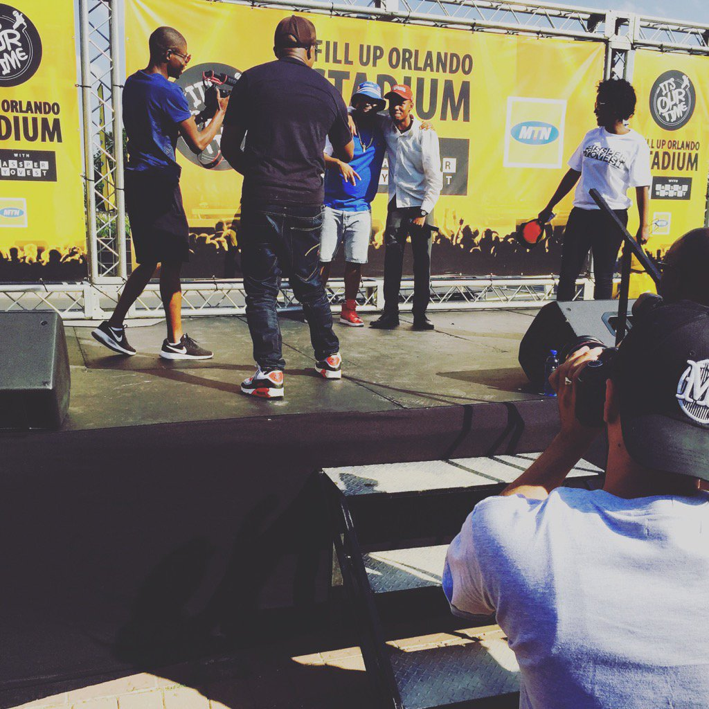 So Tshepo got to perform with @CassperNyovest and won himself a VVIP #FillUpOrlandoStadium @MTNza @Themba_TT https://t.co/rkUdHqU7y0