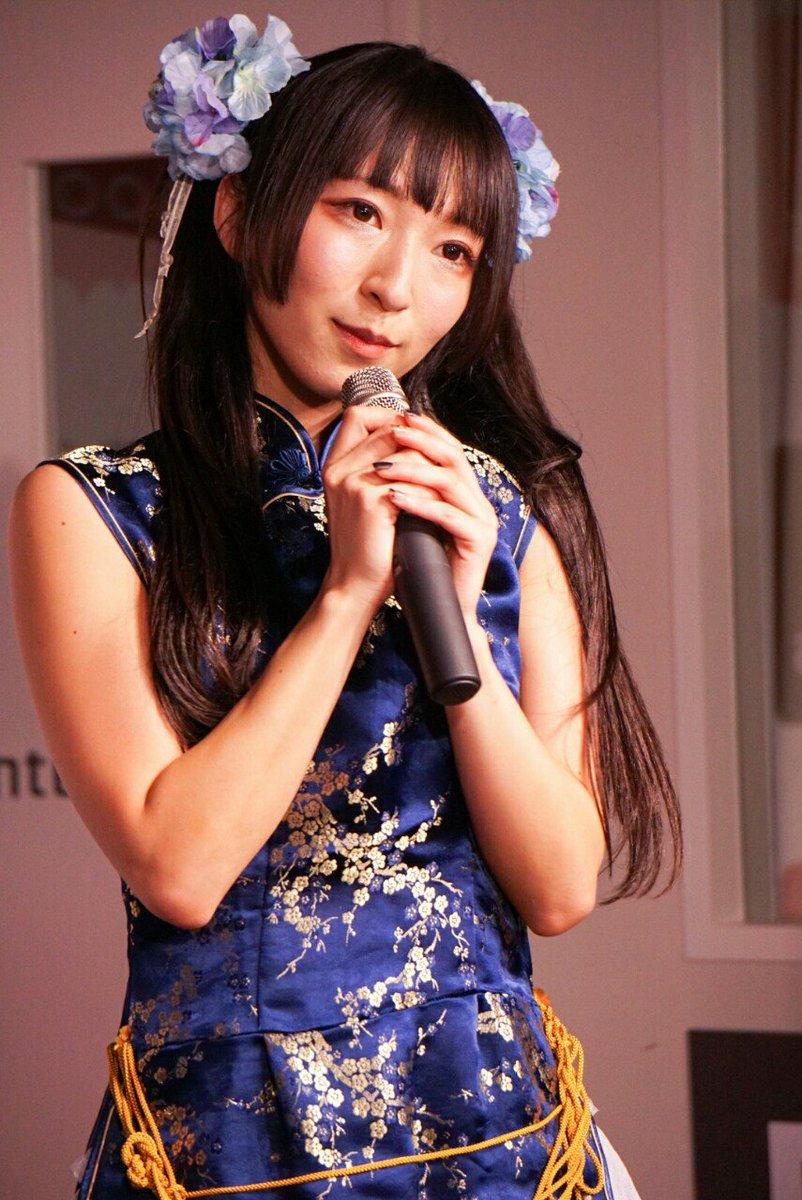 10/8のKRD8 HMV&BOOKS TOKYO 渋谷リリースイベントでのチャイナコスプレまいまい。オリジナル衣装だそうです。すげー似合ってて良さでした。  #KRD8 #宮脇舞依 https://t.co/L1bMpKqVCB