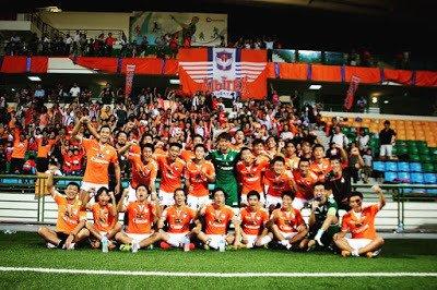 アルビレックス新潟シンガポール、クラブ史上初のリーグ優勝――。 何年も前。 「リーグ優勝したら突っ伏して号泣してしまうかもしれないな」 なんて夢想していたけれど、そんなことはなかっ… https://t.co/sBON76baTs https://t.co/8sDZUizAx5