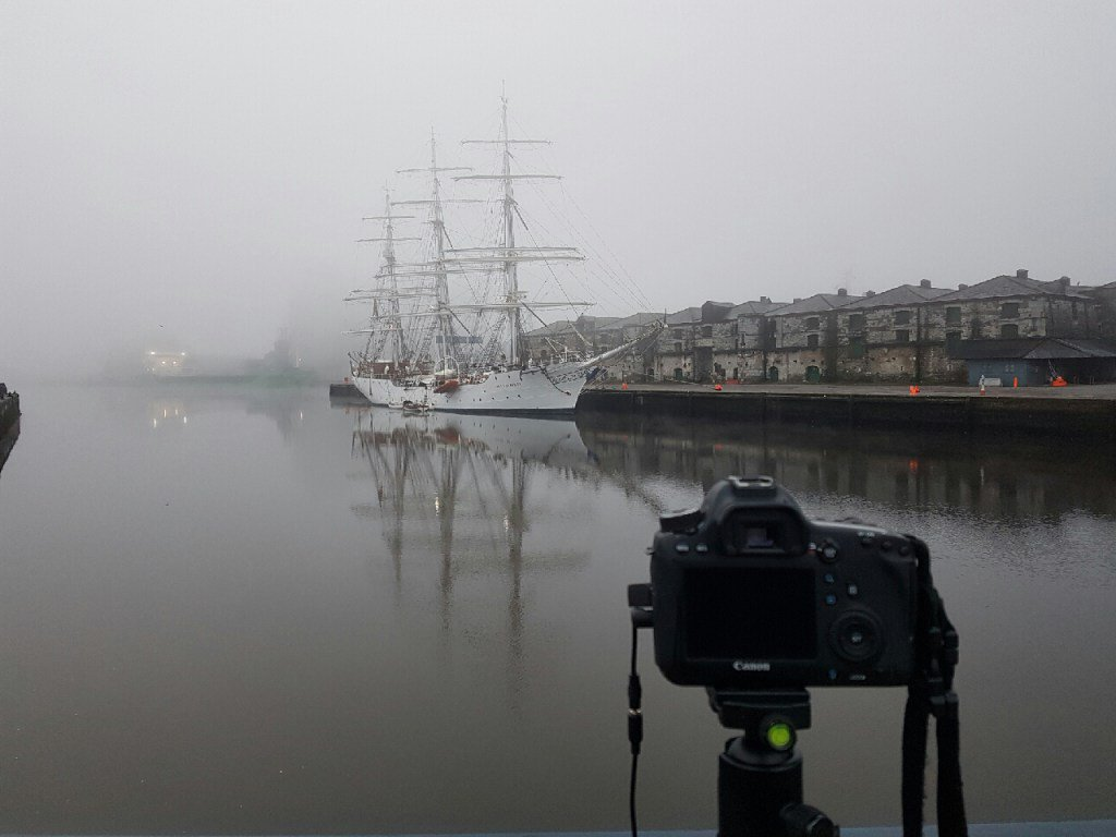 Fog in the morning, Cork https://t.co/zKfh3qpom6 https://t.co/lwwYRtS1Wn