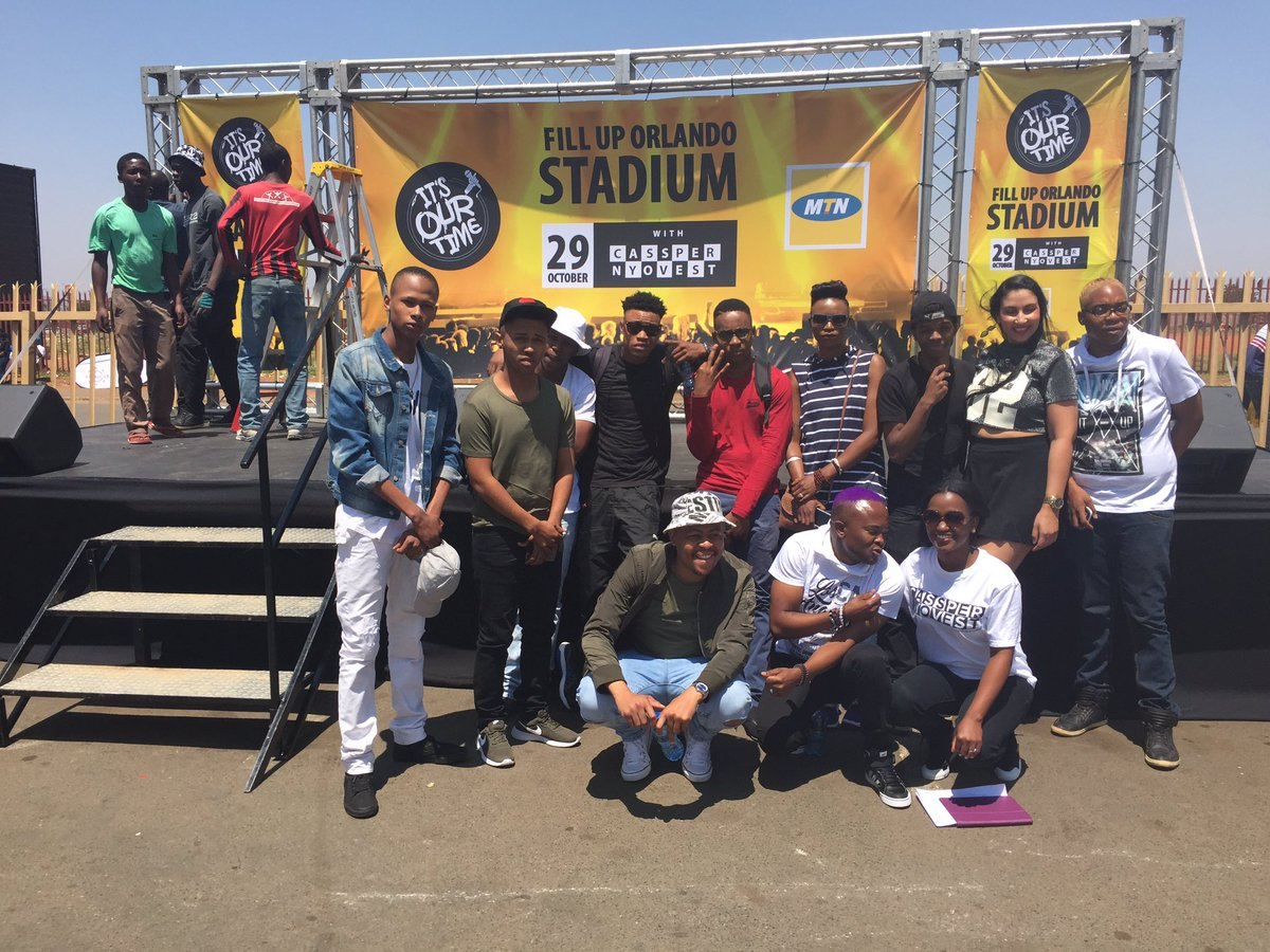 With @CassperNyovest #FillUpOrlandoStadium finalists. They will be performing between 2pm & 5pm at Dobsie cc @MTNza https://t.co/8iPHt6S860