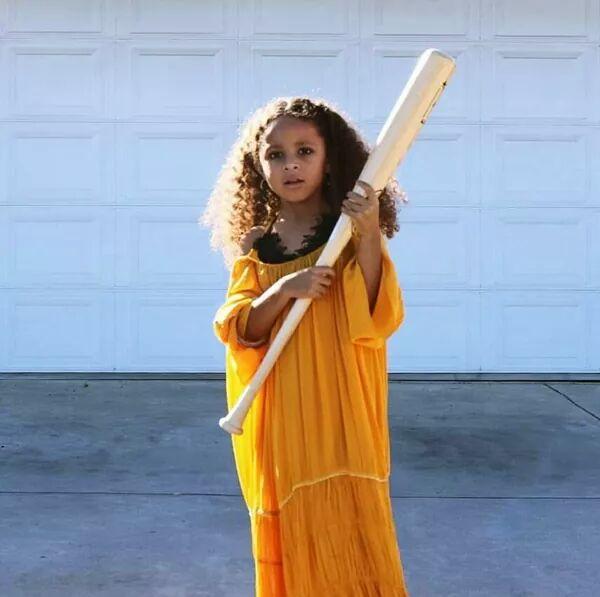 #EMABiggestFansBeyonce: EMA Biggest Fans Beyonce