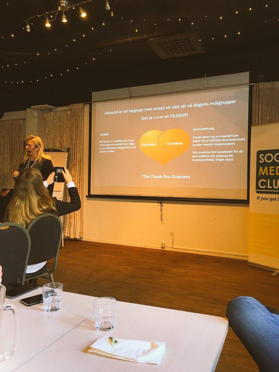 "@garyvee @annicathorberg is mentioning ""the thank-you economy"" during @smcgbg event. #inbound #marketing #smcgbg https://t.co/WbHM0LPOia"